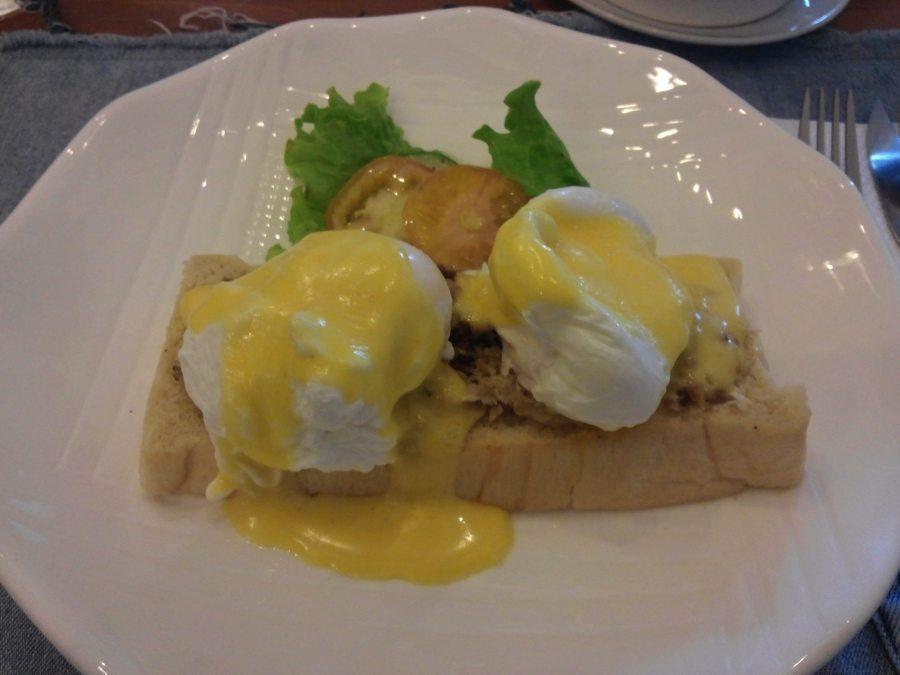 Eggs Benedict Manila The Breakfast Table Sikatuna Village