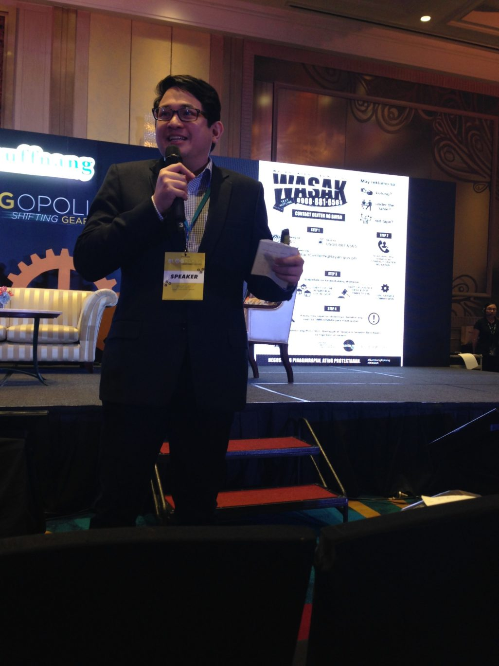 Senator Bam Aquino shared how social media plays an important role in disseminating relevant  news and information.   It was funny how he shared that a photo of his newly born son garnered so much more likes than his socio-political updates. :)