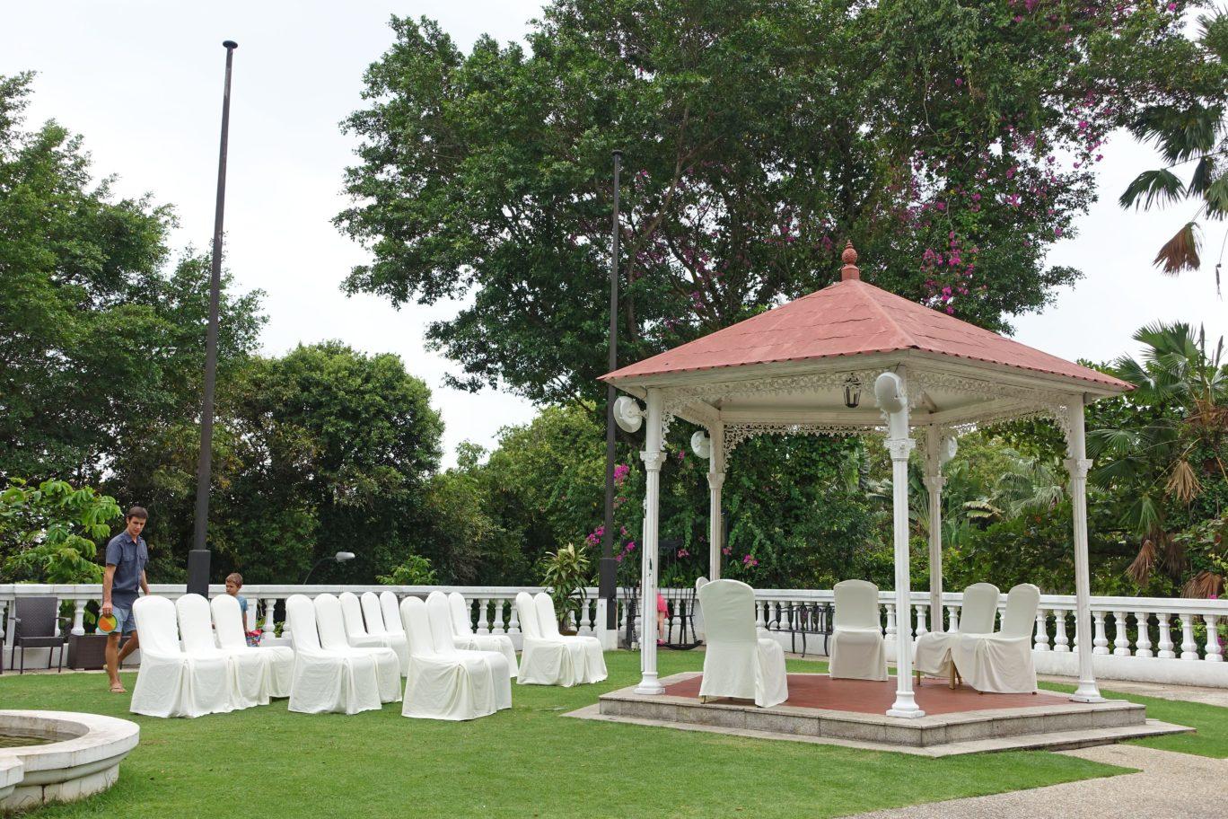 alkaff mansion ristorante outdoor venue for wedding