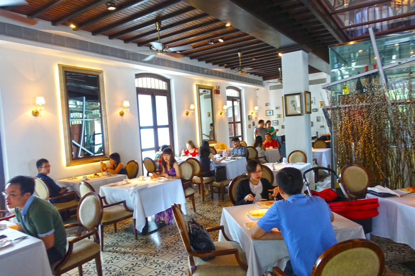 inside alkaff mansion ristorante lunch