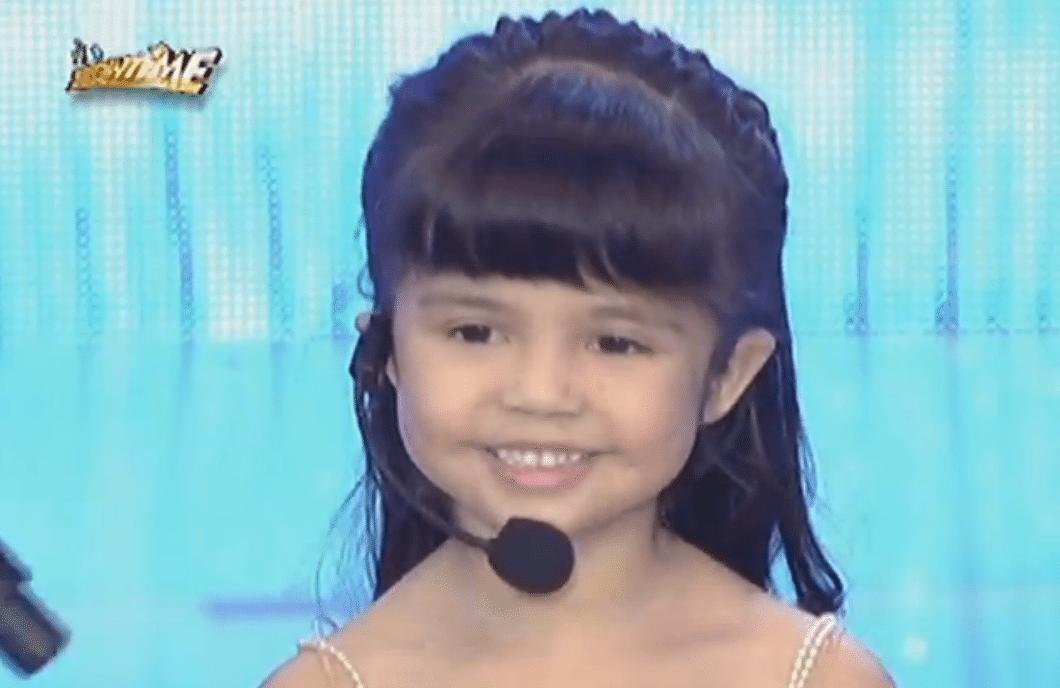 Nido Lola TV Commercial Xia and Kuys Xiamara Vigor Mini Me 2 It's Showtime