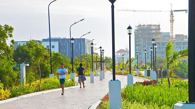 iloilo esplanade jogging area