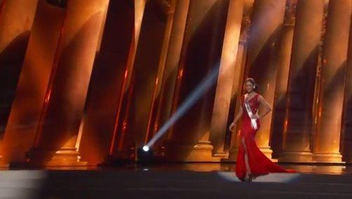 pia wurtzbach red gown prelims miss universe philippines 2015 tanim bala walk