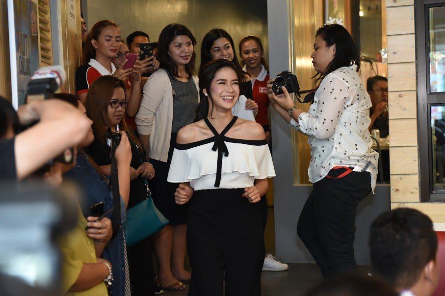 7 Erich Gonzales Endorses Choobi Choobi Seafood Restaurant Endorser Panay Avenue Diliman Quezon City Cebu Seafood