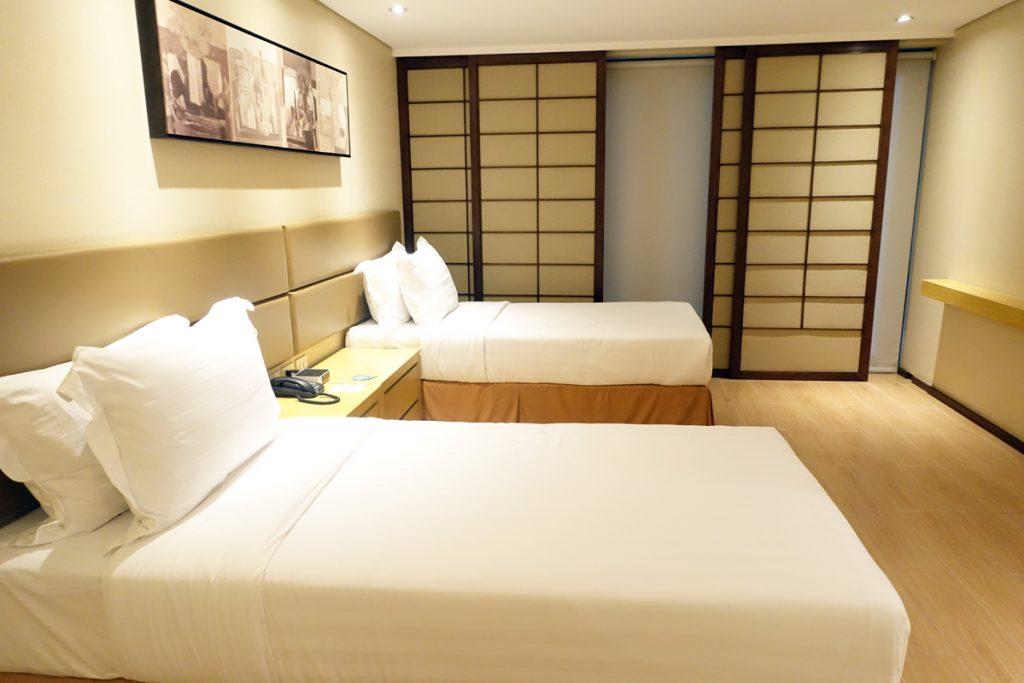 jin jiang inn makati bedroom