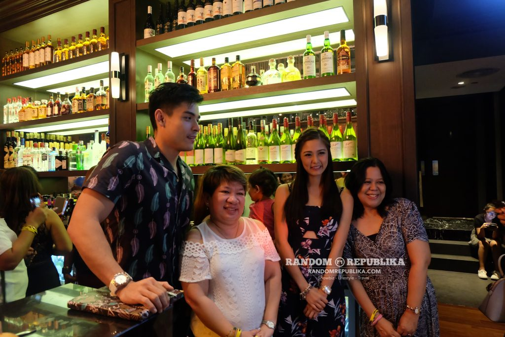 kimxi kim chiu and xian lim welcome dinner in singapore funtasy concert at suntec 2016 photo session