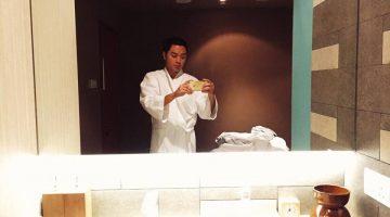 purovel spa swissotel merchant court singapore clark quay massage selfie bathroom