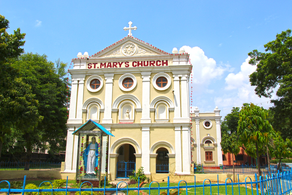 st-marys-church-mother-teresa-orphanage-in-agra-india