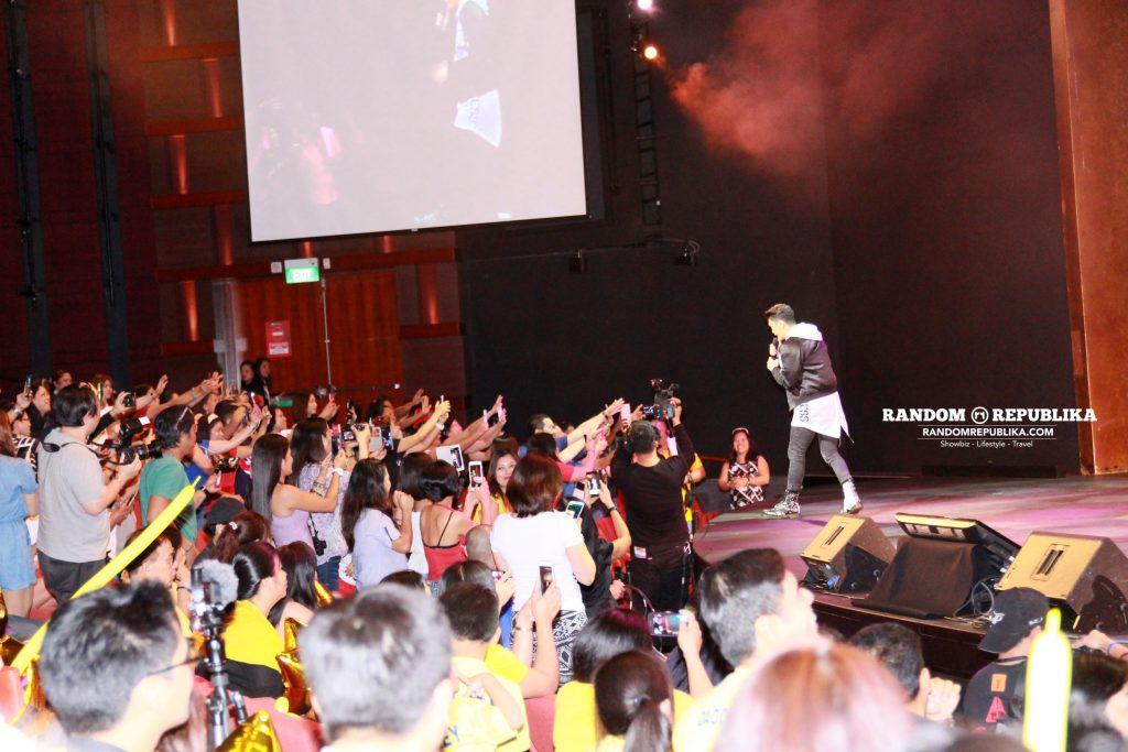 vhong-navarro-performs-concert-singapore-resorts-world-theatre-sentosa-kabayan-lets-go-5