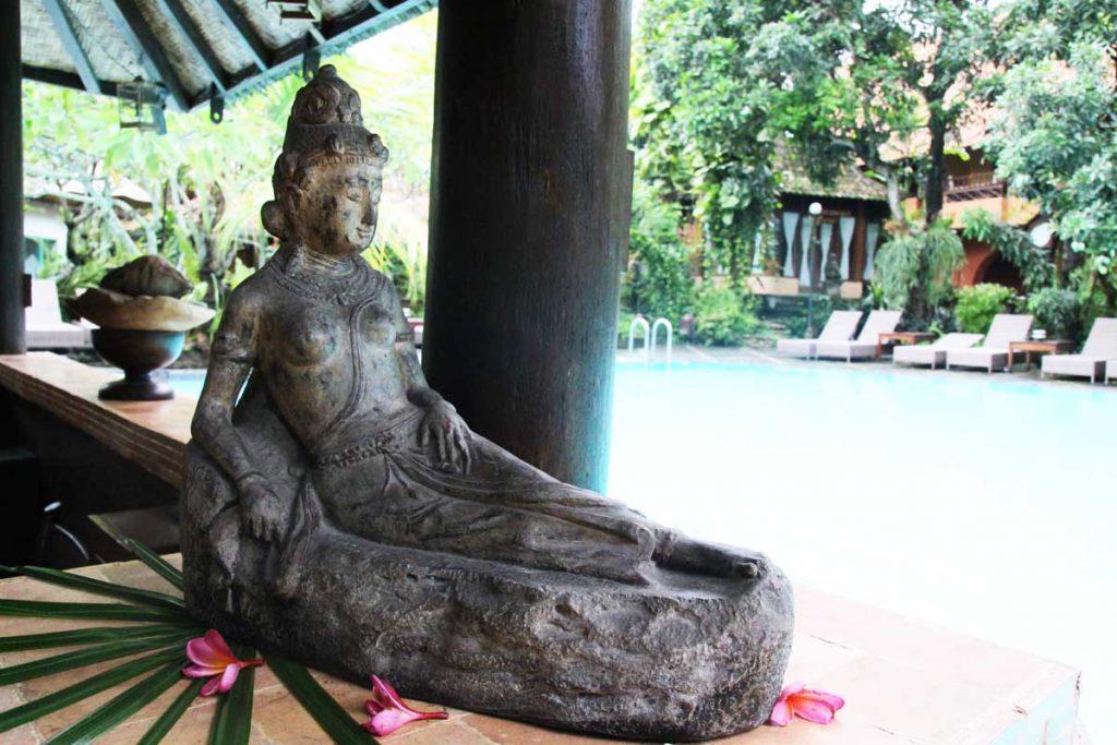 dusun-jogja-village-inn-swimming-pool-art-yogyakarta-indonesia